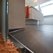 Das Bad nach der Badsanierung, barrierefrei mit Schiebetür