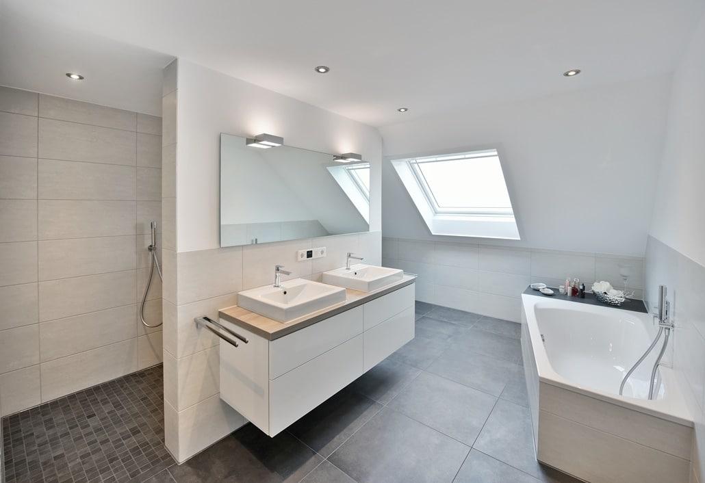 Das Bad nach der Badsanierung von Vervoorts GmbH in Kleve-Kranenburg