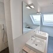 Das Bad nach der Badsanierung, die Waschtische von Vervoorts GmbH in Kleve-Kranenburg