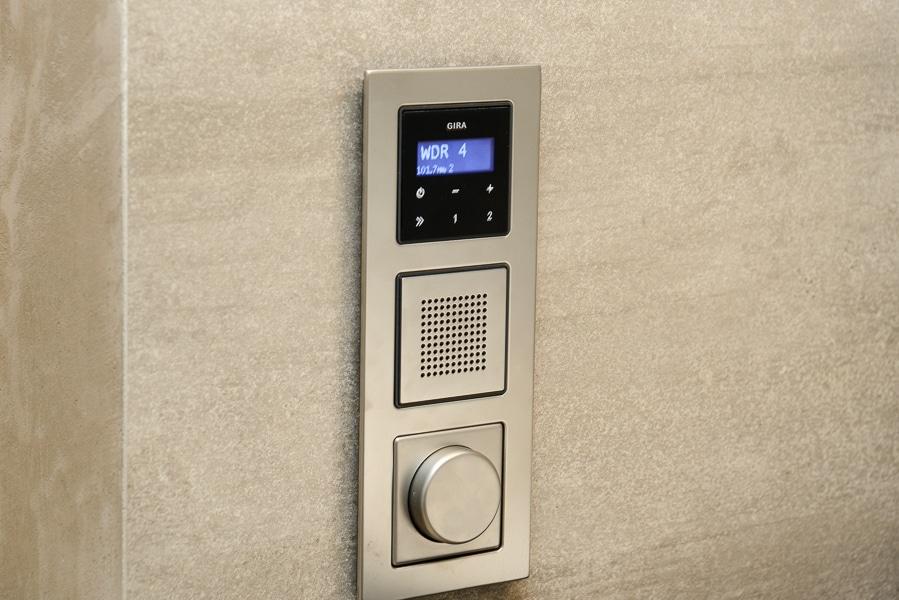 Eingebautes Radio im Bad - Badausstellung Vervoorts GmbH in Kleve- Kranenburg