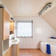 Kundenreferenz Badsanierung in Goch, das Bad vor der Sanierung durch Vervoorts GmbH in Kleve-Kranenburg