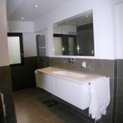 Nach der Badsanierung der Waschbereich im Fertighaus, durch Vervoorts GmbH in Kleve-Kranenburg